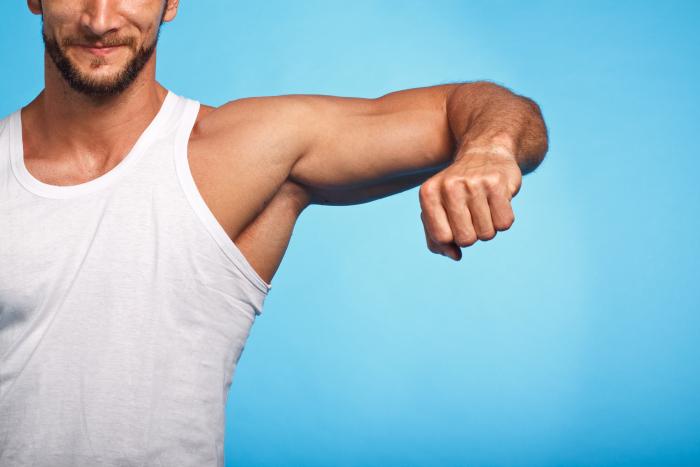Leczenie zachowawcze wykorzystuje metody, których celem jest wzmocnienie tzw. gorsetu mięśniowego kręgosłupa, w tym przede wszystkim mięśni odpowiadających za utrzymanie odpowiedniej postawy